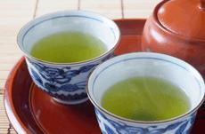 花粉にも効果的!「緑茶」の優れた効能とは?