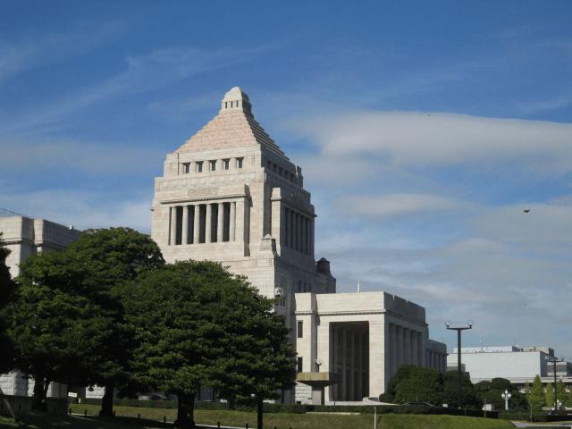 戦争をしていない日本で政府負債が200%になる理由