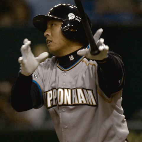 交流戦パ・リーグで最初のホームランを放った日本ハム・岩本勉