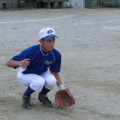 低い位置で打球を見ることを意識